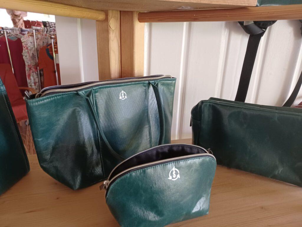 Upcycling Plastiktaschen in grün